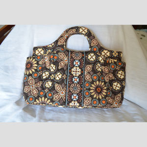 NWOT Abby Style Handbag in Canyon Pattern